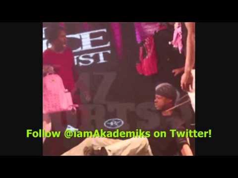 Steve Francis Chain SNATCHED in Club then Returned!