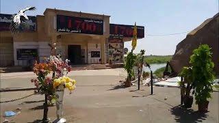 Иракские солдаты посещают мемориал в Тикрите, где ИГИЛ казнил 1700 курсантов ВВС Ирака