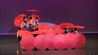 Beautiful Chinese Umbrella Dance