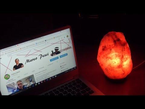 Lampada Di Cristallo Di Sale Ionizzante : Otto motivi per avere un lampada di sale in ogni stanza riccamente
