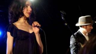 PJ Harvey & John Parish - The Soldier live at Oxford Brookes University