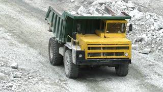 Карьерный «Ветеран» БЕЛАЗ-7522 в работе