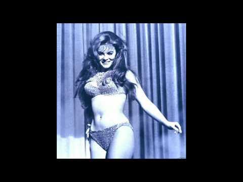 Elvis Presley ~ ♫Blue Christmas♫ ~ Feat. Ann❤Margret - YouTube