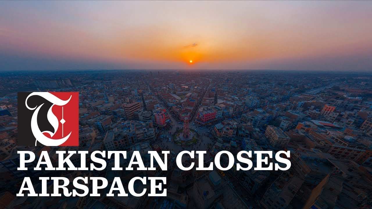 Pakistan closes airspace