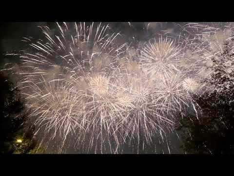 Фестиваль фейерверков в Москве Фейерверк в Братеево Салют в Братеевском парке!