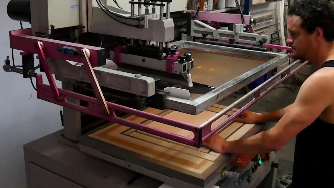 Screen printing packaging onto BUFFALO Board using Permaprint Premium  eco-friendly inks