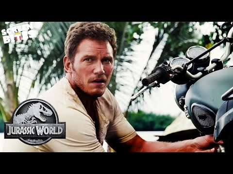 Jurassic World  Claire asks Owen for help  Bryce Dallas Howard, Chris Pratt