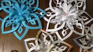 Новогодняя объемная  СНЕЖИНКА  из бумаги своими руками.(Как просто вырезать объемную снежинку своими руками. Объемная снежинка из бумаги - отличное украшение дома..., 2015-11-30T13:11:01.000Z)
