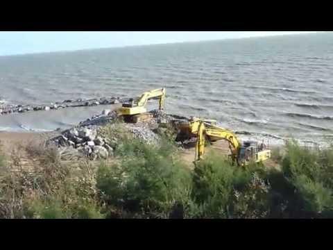Constructing the Sea Defences 2014 - Holland On Sea, Essex
