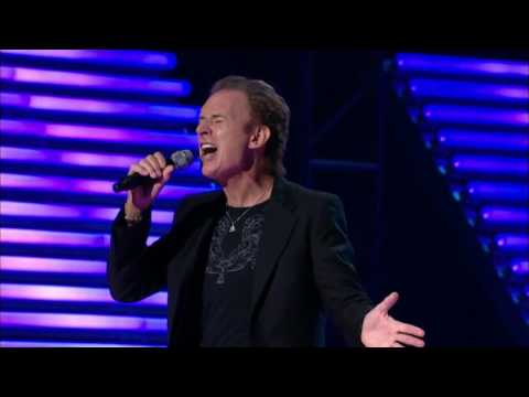 Gary Wright - Dream Weaver Live Hit Man Returns David Foster and Friends 15 Oct 2010 HD