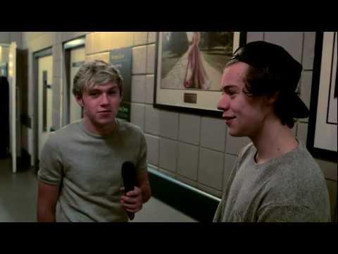 Zane Lowe Backstage with One Direction I BRITs 2013