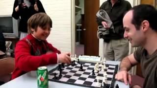 Greg Shahade battu par un enfant de 10 ans aux échecs