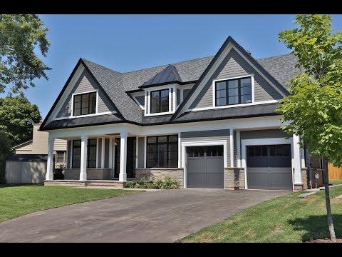 Stunning Custom Home in south Oakville | THE YAMAMURA TEAM