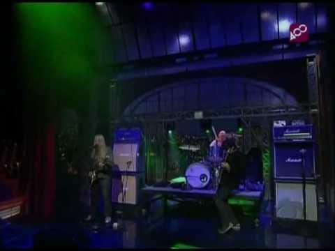 Dinosaur Jr.  - Almost Ready (Live Letterman 2007)