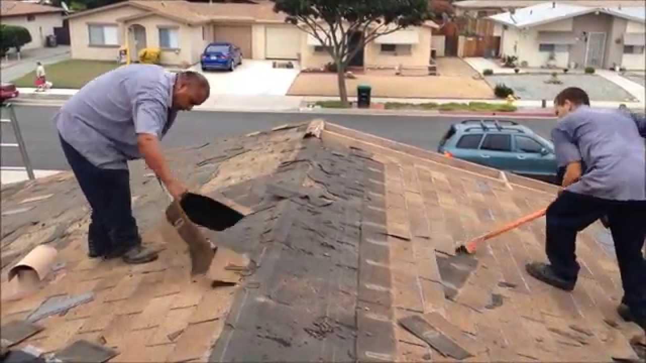 Beautiful Roof Tear Off On A Small Duplex In Hemet, California