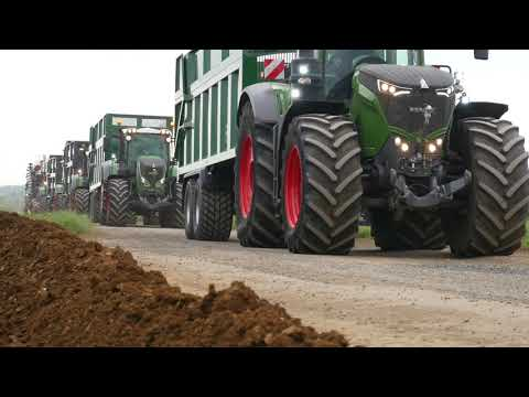Holdingham Bio Gas grass silage preview with Fendt machinery