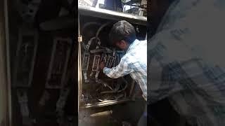 Индийские электрики что, бессмертные?