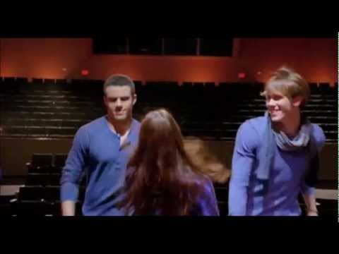 Glee - Anything could happen / Paroles & Traduction