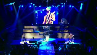 Def Leppard - Gods Of War (Live) [2013]