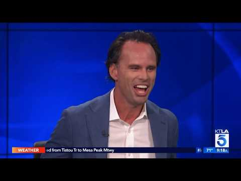 "Walton Goggins On His New Movies Coming Out ""The Unicorn"" & ""Them That Follow"""
