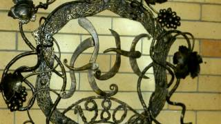 Красивые кованые буквы А и Н из металла ковка художественная