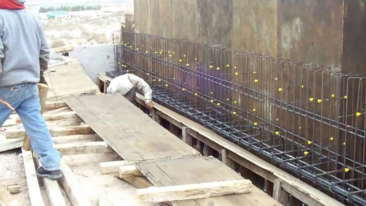 Cimbra de muro de cargadero youtube for Muro de concreto armado