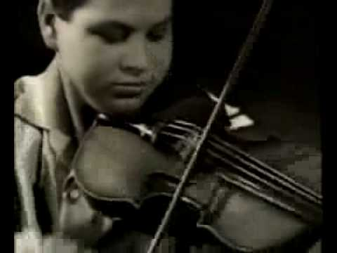 Young Itzhak Perlman Plays Bach Partita No. 3 E Major Gavotte