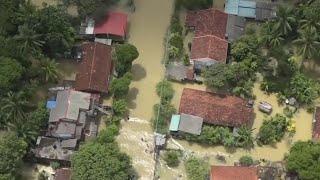 video: Watch: Flash floods and mudslides devastate parts of Sri Lanka