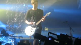 Permanent Vacation - 5 Seconds Of Summer - ROWYSO TOUR - Wembley Arena - London - 12/06/15
