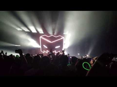 Deadmau5 @ Bell Centre, Montreal - Friday Oct. 13th 2017 [4K]