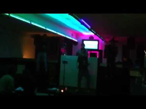 Tunel Porto noite de karaoke
