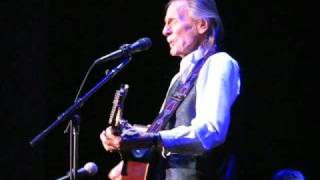 Gordon Lightfoot - Canadian Railroad Trilogy- Live