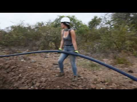 Texas Tech Engineering students & GiveTrip Laying miles of water pipe in rural Zimbabwe
