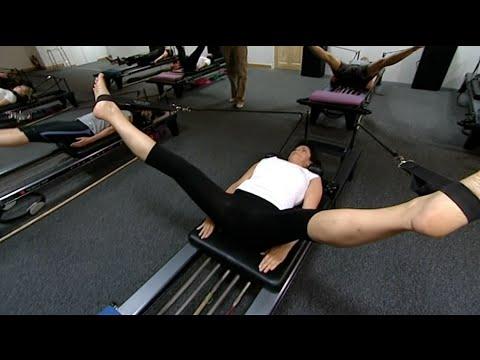 Anna Tries Pilates