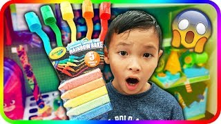 LEARN COLORS With Giant Fingers For Kids at Toys R US – TigerBox HD