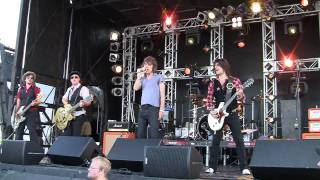New York Dolls live, June 19, 2010 - Pills