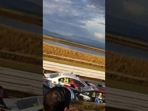 V8 supercars massive crash 2017 Symmons Plains