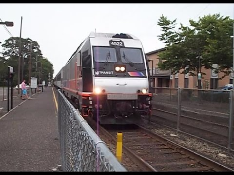 NJT #4531 & NJT #4533 IN ALLENHURST NEW JERSEY ON 7/4/15.....VIDEO #414