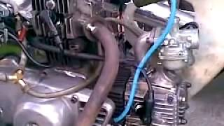 Repeat youtube video honda c70 twin engine, solo the spirit of  java, part 9