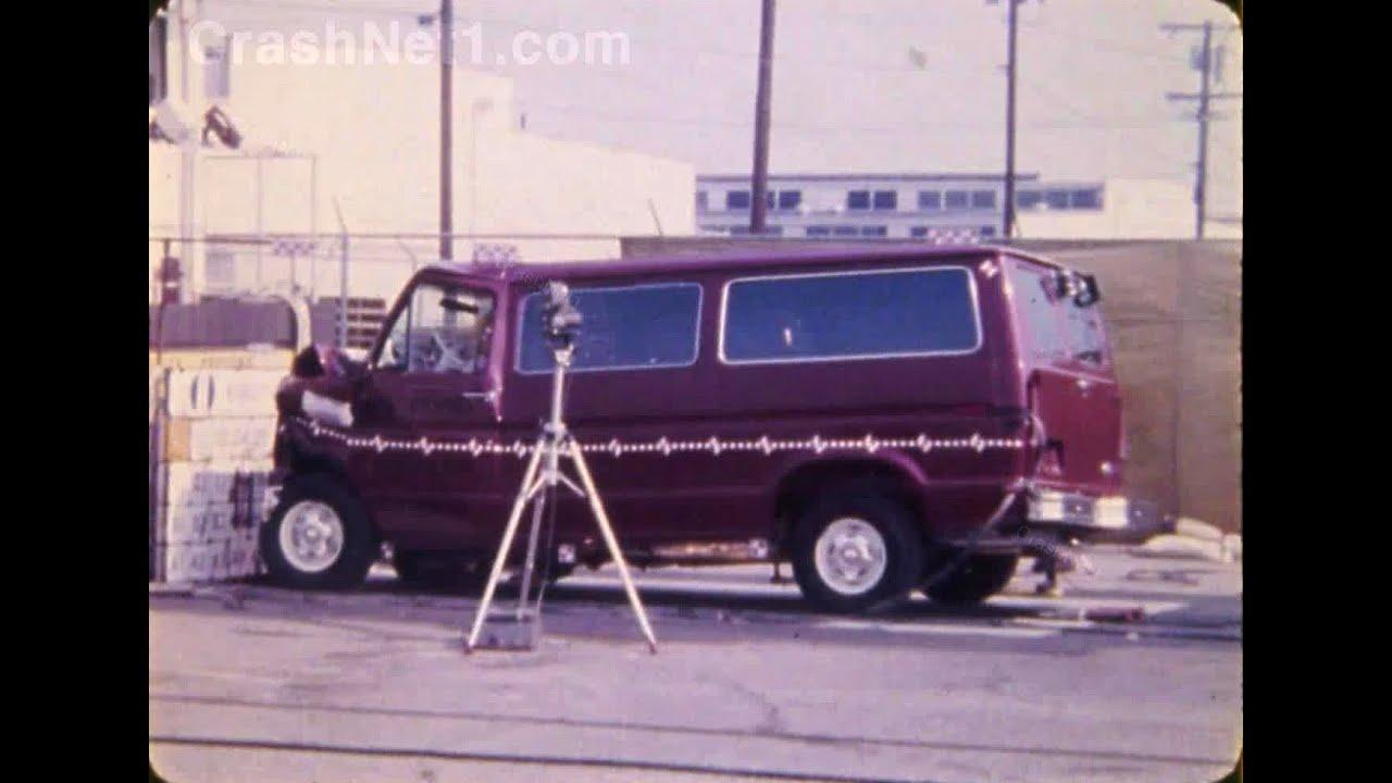1985 ford e 150 econoline club wagon frontal crash test by nhtsa crashnet1 youtube