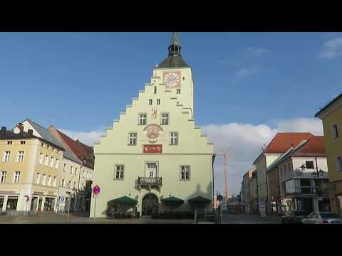 The Driving Vlog - Snow over Deggendorf at Saturday's night, The Danube river and the old city.
