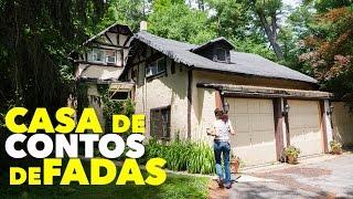 CASINHA QUASE UM CONTO DE FADAS - COTTAGE - CASA DE CAMPO CERCADA DE VERDE