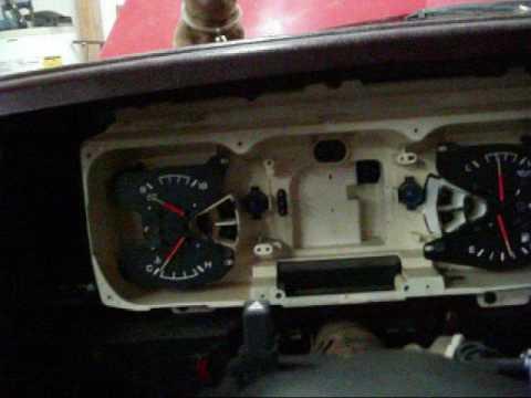 Replacing Speedometer In 1990-1993 Dodge Truck