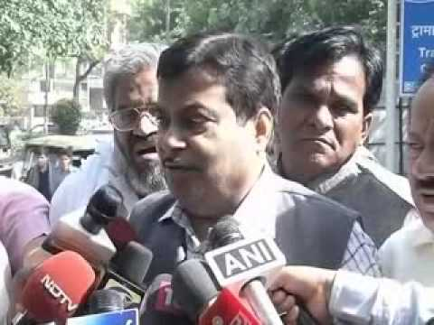Union Minister Gopinath Munde dies in a road accident; Huge setback for us says Gadkari