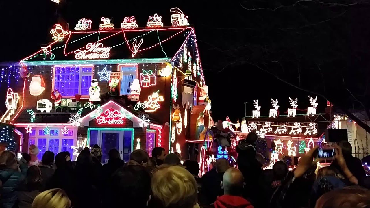 Brailsford Lights Switch On - Brentry, Bristol - YouTube