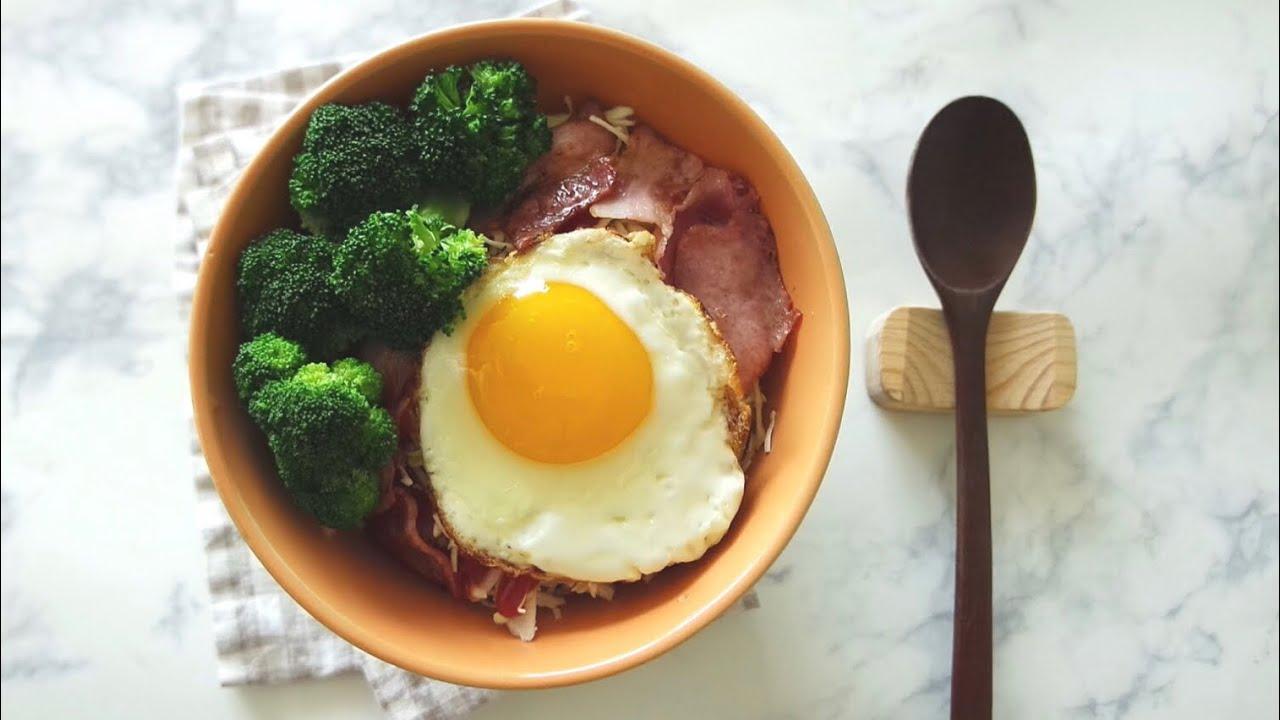 계란후라이와 베이컨 브로콜리동, 일본 가정식 돈부리 요리