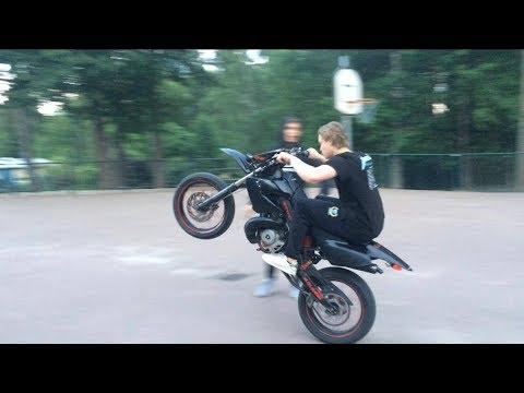 Derbi Senda X-treme Wheelies | 50 cc