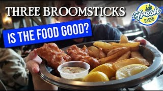 Is the FOOD GOOD at Harry Potter World? | Three Broomsticks | Universal Studios Hollywood Vlog