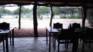Uganda vakantie met Habari Travel 2014: 2508 tm 0909(Uganda reis met Habari Travel en gids Norbert met Francis en Petra., 2014-09-16T16:57:39.000Z)