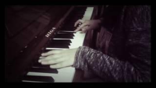 """Играю на пианино """"танец маленьких лебедей """" недоконца 🎹"""